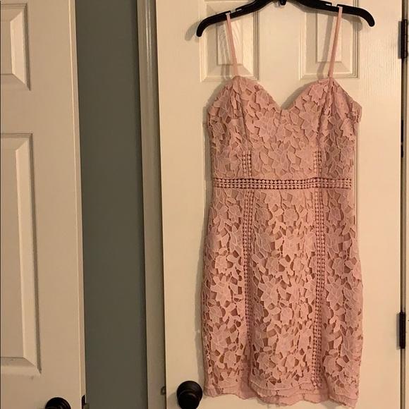 Lulu's Dresses & Skirts - Form Fitting Lace Dress